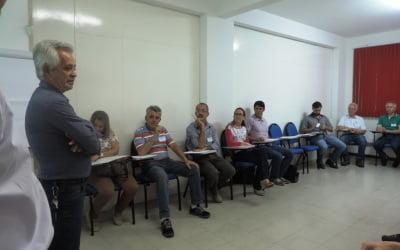 Profissionais associados a AREAVID participam de curso sobre gestão financeira e investimentos