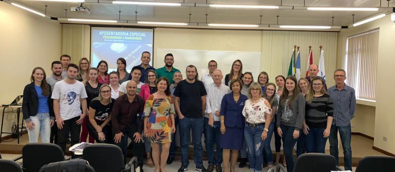 AREAVID e UNOESC reuniram mais de 80 profissionais para curso sobre aposentadoria especial