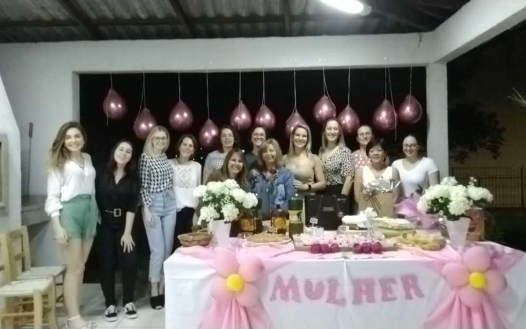 AREAVID promoveu um divertido happy hour para comemorar o Dia Internacional das Mulheres
